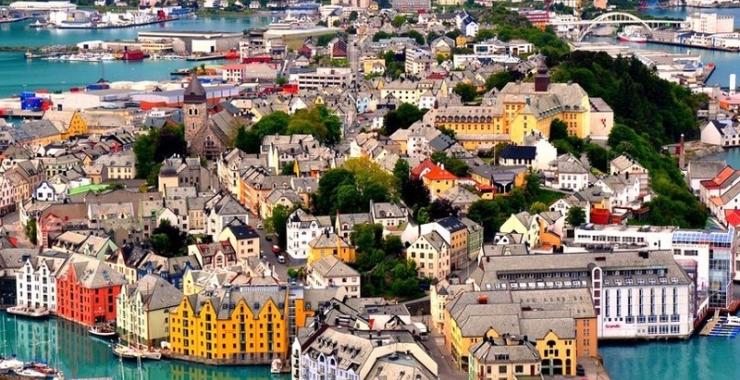 Pachet promo vacanta Circuit si Croaziera Scandinavia Stockholm Suedia imagine 3
