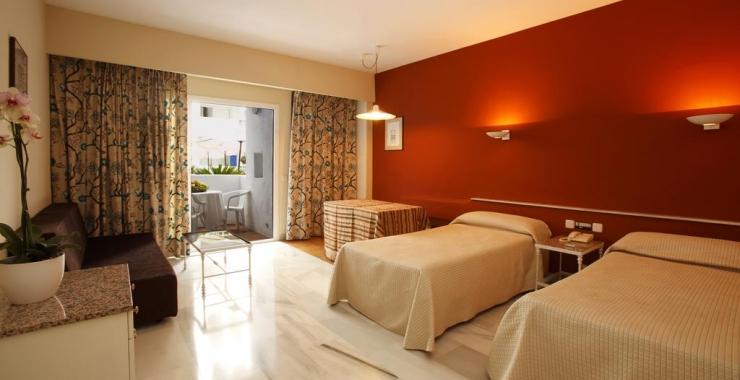 Pachet promo vacanta Hotel PYR Marbella Marbella Costa del Sol - Malaga imagine 5