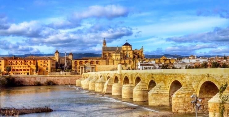 Pachet promo vacanta Marele Tur al Spaniei Barcelona Spania imagine 2