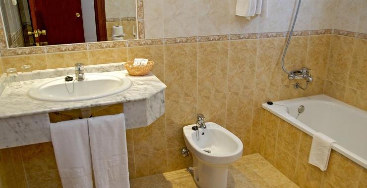 Pachet promo vacanta Hotel Las Rampas Fuengirola Costa del Sol - Malaga imagine 2