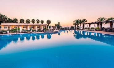 Vuni Palace Hotel & Casino ***** Cipru de Nord Kyrenia Sejur si vacanta