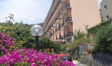 Hotel Ipanema **** Sicilia Taormina Sejur si vacanta Oferta 2020